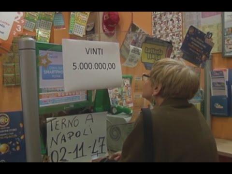 Napoli Gratta E Vinci Vinti 5 Milioni Di Euro 301015 Youtube
