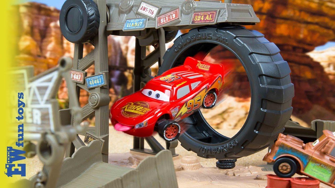 Disney//Pixar Cars Story Sets Maters Challenge Playset by Mattel