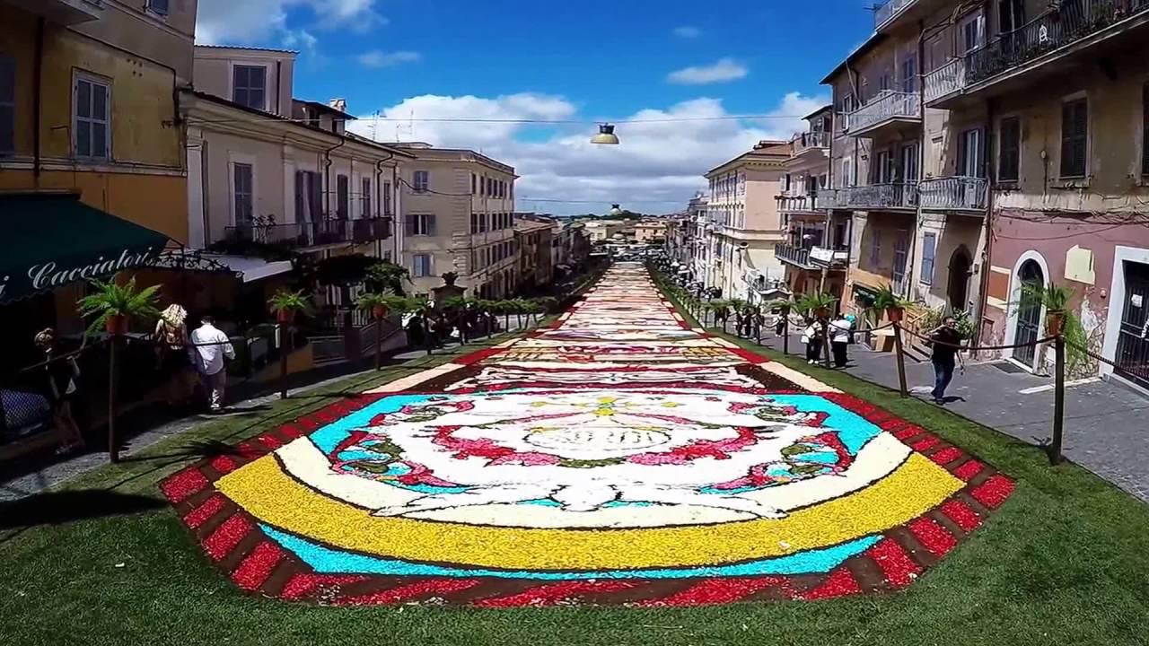 Infiorata di genzano di roma 2016 youtube for Affitto roma porta di roma