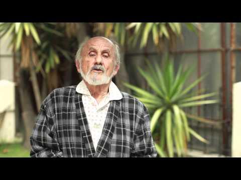 Farnesio Bernal con AMLO You Tube.mov