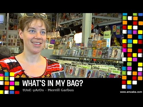 tUnE-yArDs - What's In My Bag?