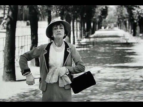 5 Жизненных Наставлений от Коко Шанель: духи — всегда, лук — никогда