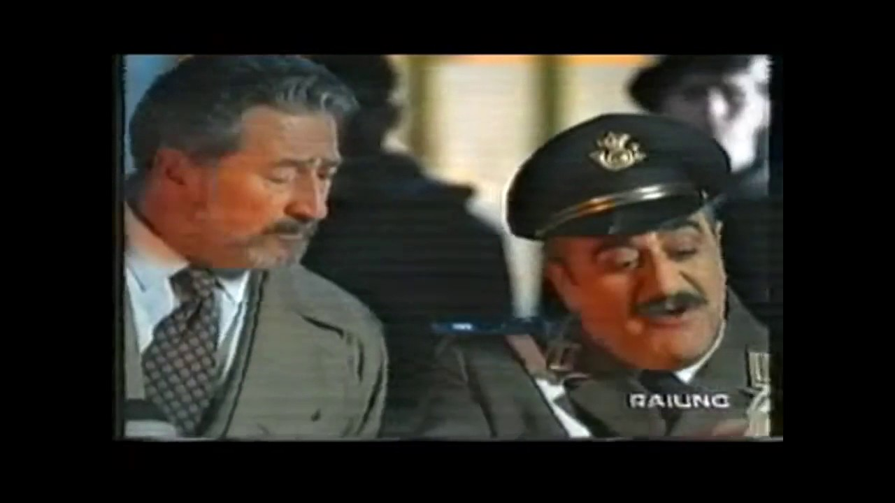 Spot Pagine Gialle con Vincenzo Crocitti (1997) - YouTube