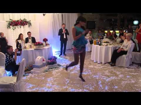 Танец друзей - Свадьба Димы и Даши - Лучшие видео поздравления в ютубе (в высоком качестве)!