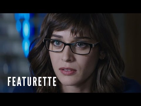 The Interview: Character Featurette - Meet Agent Lacey