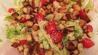 Как приготовить салат Цезарь/ How to make Caesar salad(Привет-привет! Салат Цезарь - это уже новая классика, что-то вроде современного оливье) В моей семье уже давн..., 2015-11-11T18:49:26.000Z)
