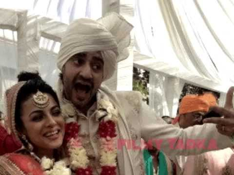 sneak peak pictures from vj gaurav kapoors wedding