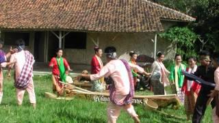 LAGU DAERAH SUNDA-JAWA BARAT (BUBUY BULAN)
