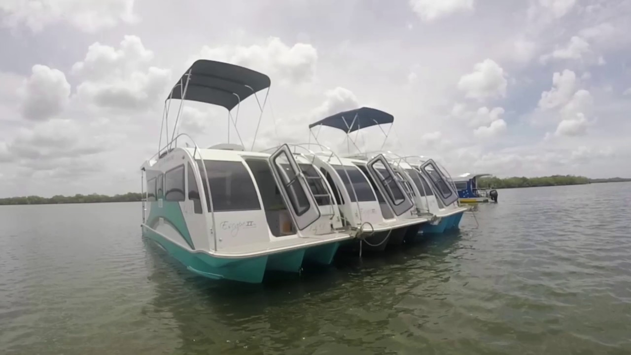 trailerable houseboat boat a home day out youtube