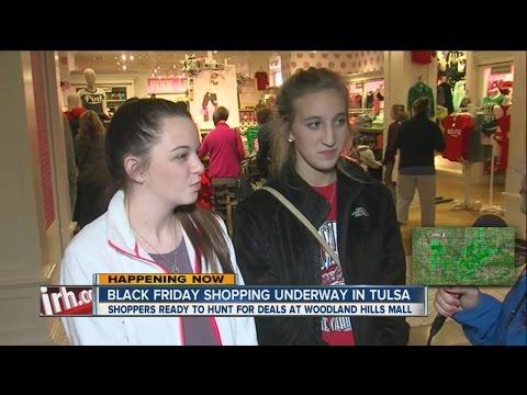 Pink Black Friday Deals at Woodland Hills Mall
