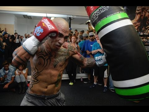 Miguel Cotto COMPLETE WORKOUT vs Sergio Martinez (Heavy bag, Speed bag & Double End Bag)
