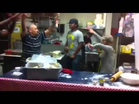 Luigi's Pizzeria,friday Night