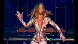 Britney Spears - Overprotected (Live From Tokyo)