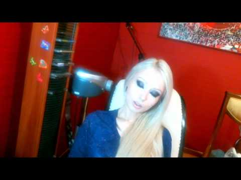 Valeria Lukyanova Amatue 21 Raw Food Diet doll barbie anime angel blonde