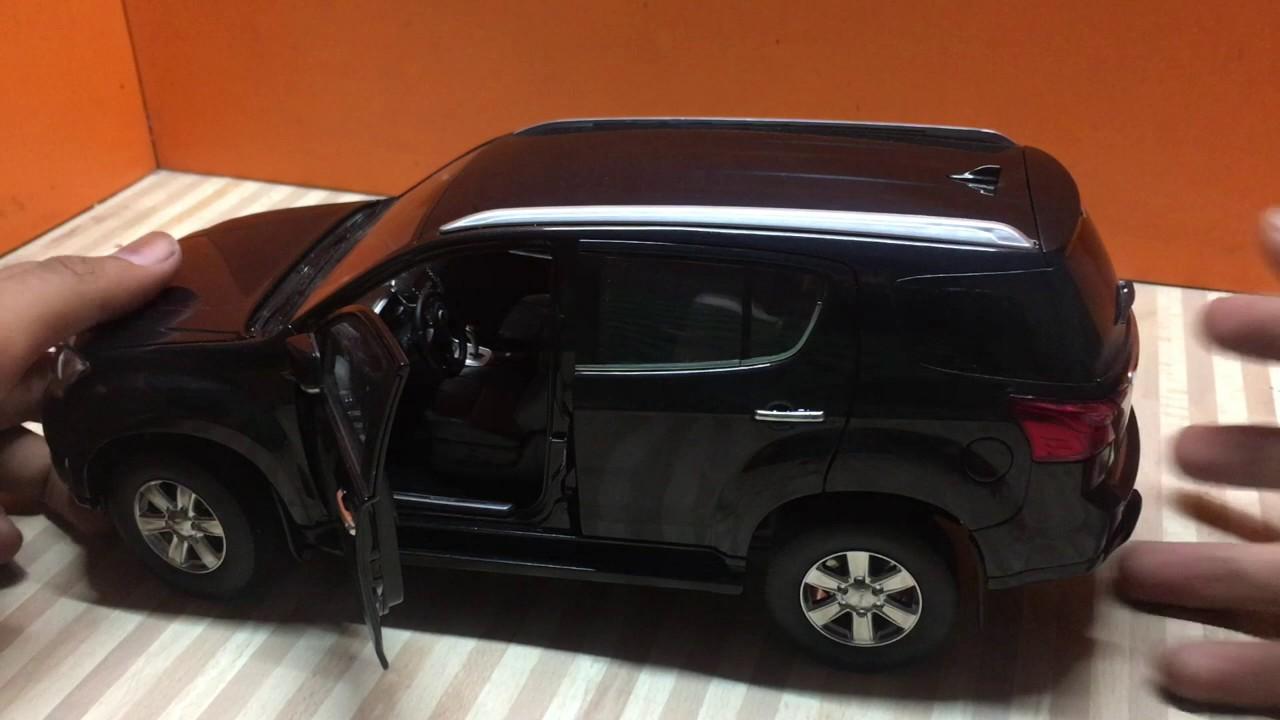 Unboxing of Mini 2017 all new ISUZU MU-X 4X4 SUV Diecast ...