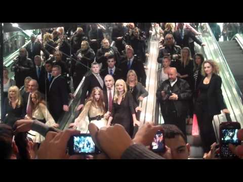Kate Moss, Sir Philip Green and his daughter, Chloe arrive at the Topshop launch!| Grazia UK
