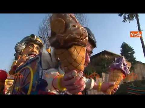 Il Carnevale a Torino - Carleve'd Turin: i carri e la sfilata