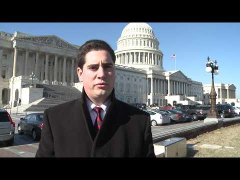 John Boehner, Nancy Pelosi dig in on jobless benefits