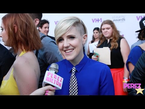 Hannah Hart Reveals Her Favorite Date Night Meal & Best Thin