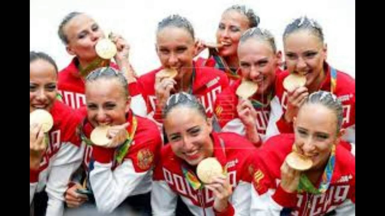 Gosha Kutsenko generously shed mud at Ksenia Sobchak 04/13/2012