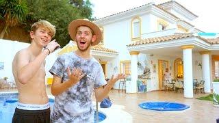 VI ER FLYTTET TIL SPANIEN - (HOUSE TOUR)