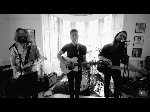 Hunter and The Bear - Tenement TV