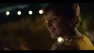 作品情報> 作品名:恐竜が教えてくれたこと 作品情報ページ:https://www.cinemacafe.net/movies/30170/ 【解説】 1週間のサマーバカンスを楽しむため...