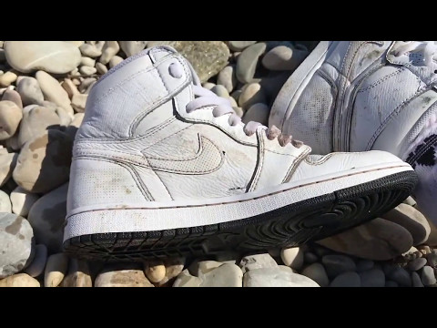 Nike Jordan 1 getting mudded and destroyed