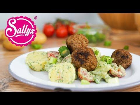 Pesto-Kartoffeln mit Käse-Frikadellen / Sallys Welt