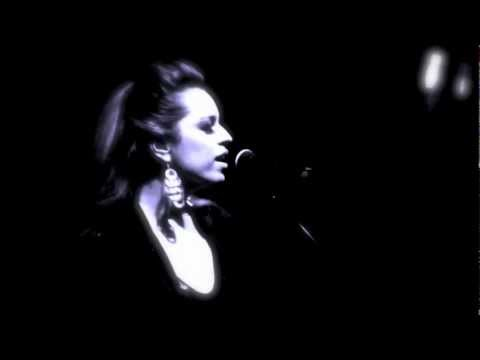 Adele VS Beyonce VS Eurythmics - Sweet Dreams / Rolling in the Deep (Zana Cohen)