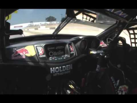 Jamie Whincup Bathurst 2.04.909 Onboard Lap Record - V8 Supercars