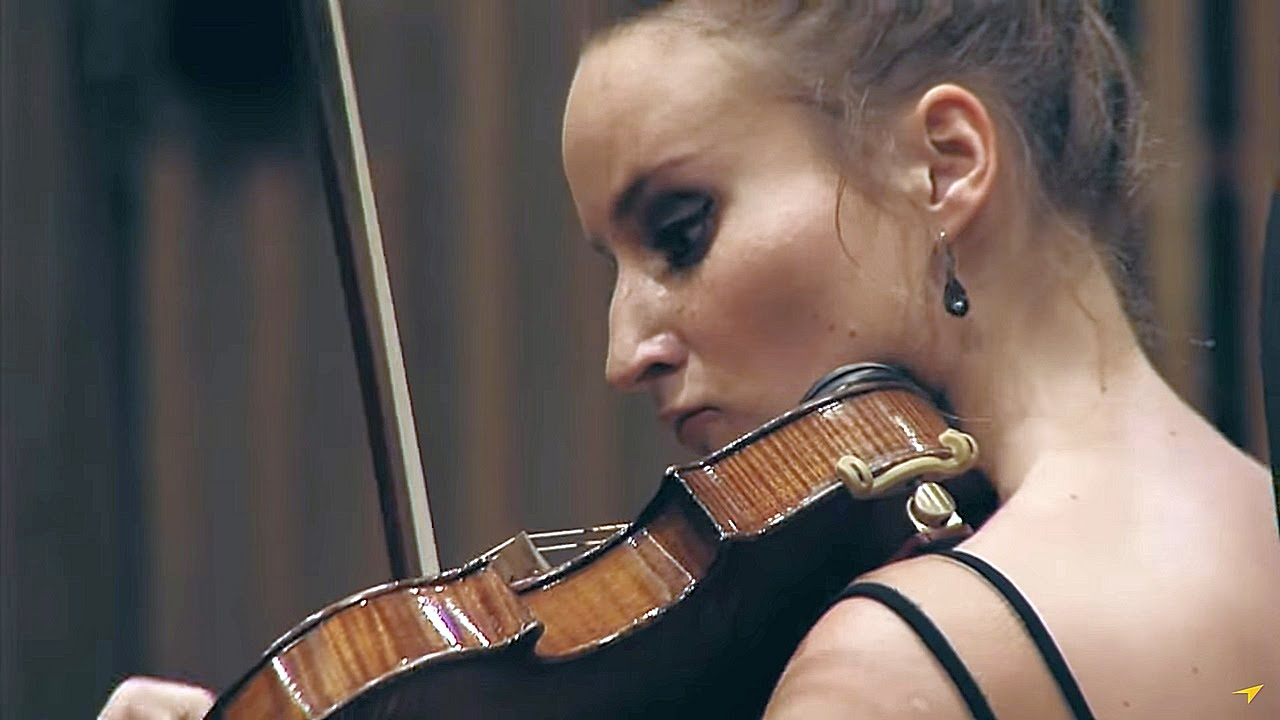 Tchaikovsky – Violin Concerto in D Major, Op.35 conducted by Tomasz Chmiel Young Cracow Philharmonic