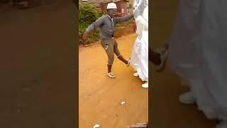 Свадьба в Африке! Доказательства потенции у негров- стариков
