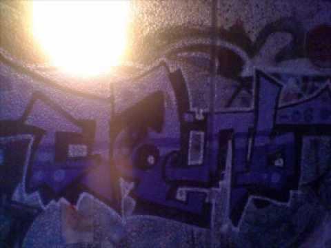 obie-trice-feat-eminem-&-50-cent---love-me-remix