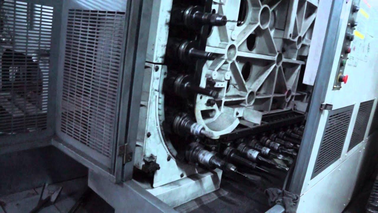 CNC 銑床加工中心機(2) - YouTube