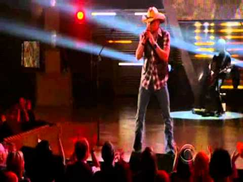 Jason Aldean - Dirt Road Anthem - Live at the 46th ACM Awards 2011