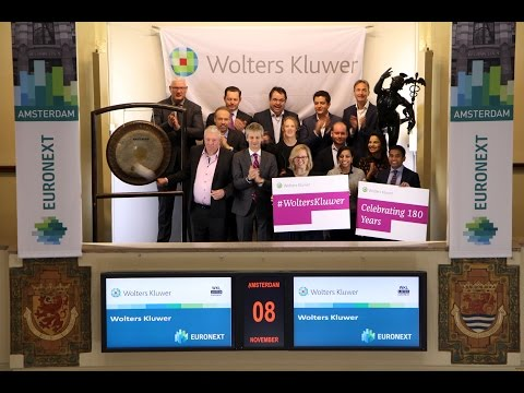 Wolters Kluwer celebrates 180-year anniversary by sounding gong