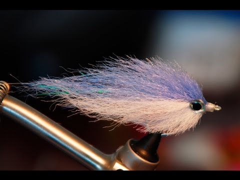 EP Style Baitfish Fly - Underwater Footage - Saltwater And Warmwater Streamer Fly