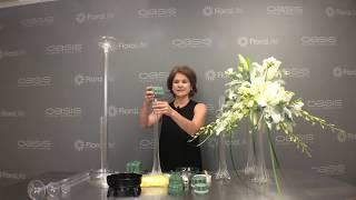 How-to make an Eiffel Tower flower centerpiece
