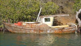 Abandoned Ghost Fisherman Boat & Sailboats - Urban Exploration - URBEX - Curaçao 2016