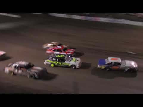 4-WIDE Hobby Stock Action -- Rapid Speedway Nationals 2017