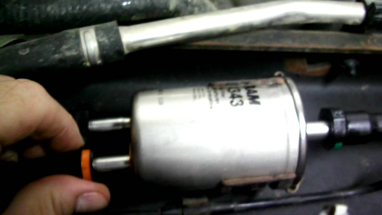 mazda 3 fuel filter replacement