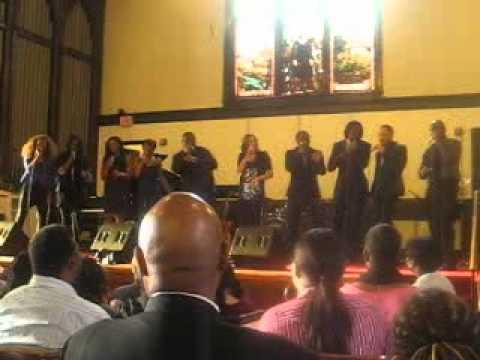 Afro Blue Vocal Band - American Boy.AVI
