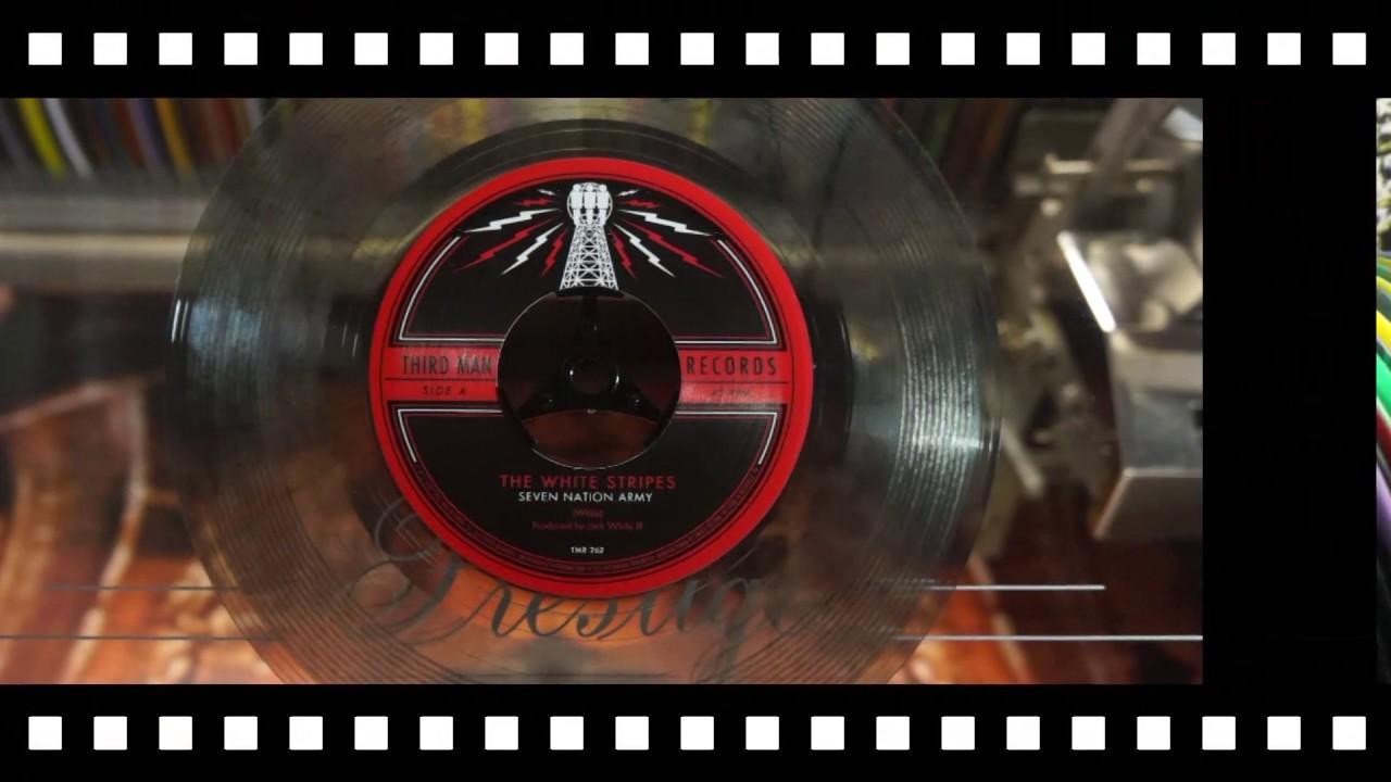 Jonnie's Jukebox Plays: Seven Nation Army - White Stripes 2003 Smokey Vinyl 45rpm Record