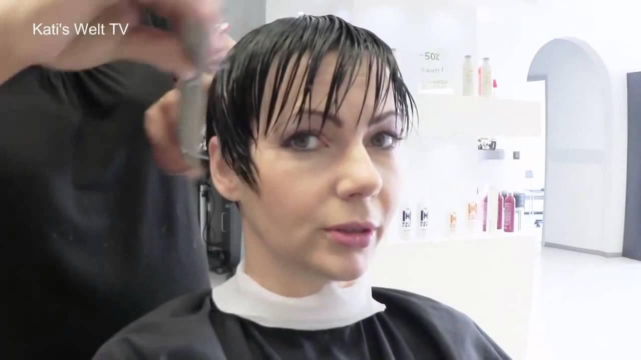 Kurze haare beim friseur