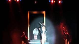 Dissinha Mitchell   Rihanna Vogue Revue Palast 2015