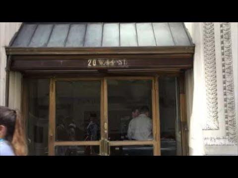 ニューヨーク建築 | 20 西44丁目と伝統の倶楽部コーヒーハウス