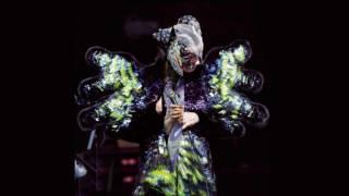 Björk Come To Me Live 2016