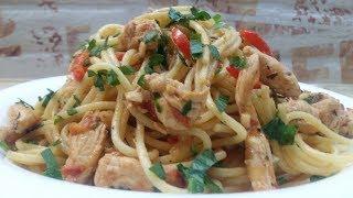 ОБАЛДЕННО ВКУСНЫЕ МАКАРОНЫ (спагетти) с курицей и томатным соусом. Классный ужин за 20-25 минут.