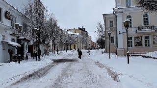 Опрос Sputnik: сколько жители Витебска готовы потратить на новогодние праздники?